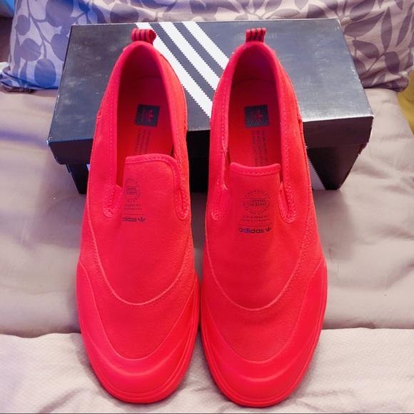 a2555c7a4 Matchcourt Shoes Poshmark Slip Adv Adidas P41w5x71q